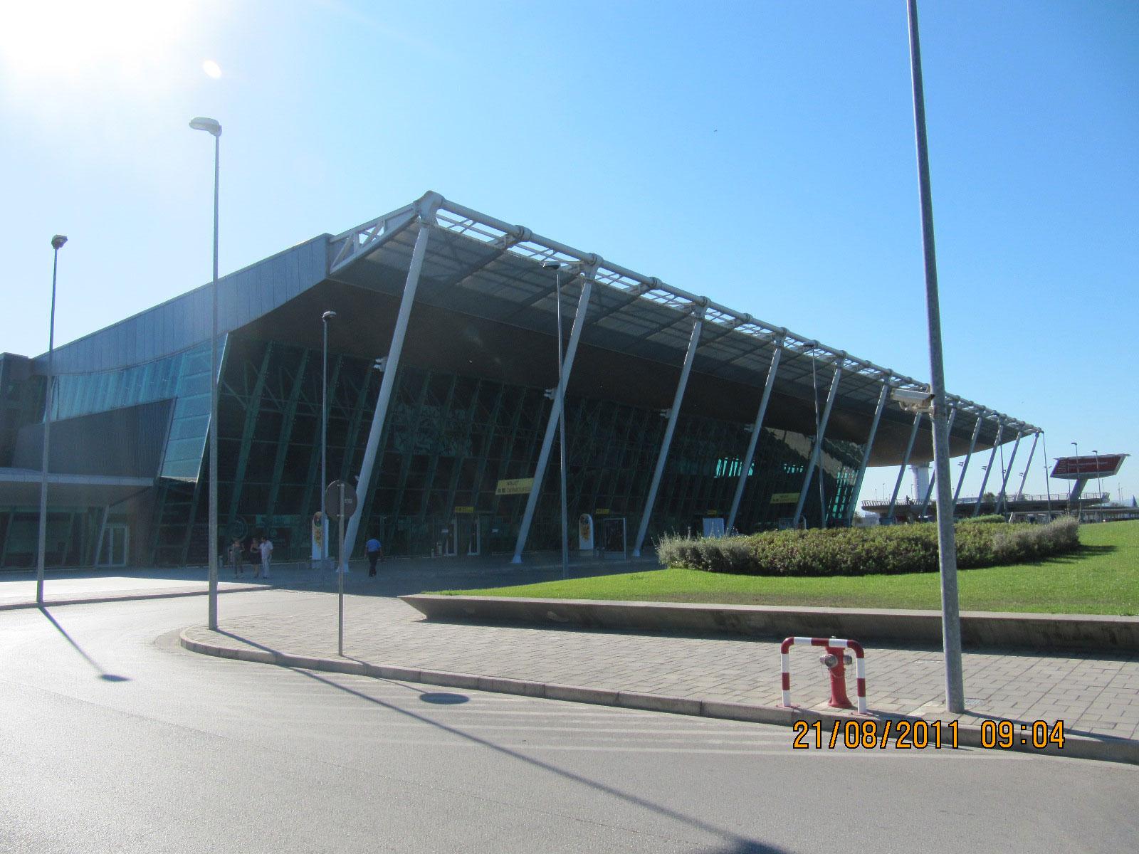 Bilder Flughafen Tirana